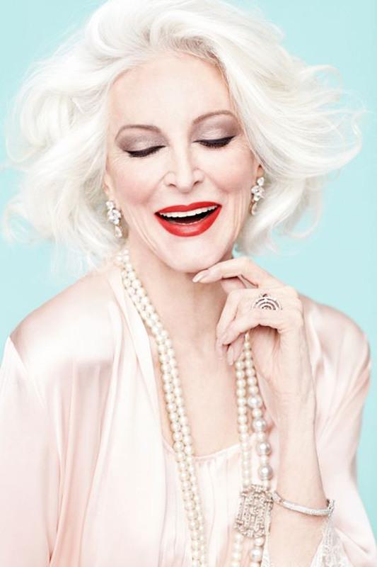 """Belle a 85 anni"""" Carmen Dell'Orefice ci dimostra che si pu� eccome!"""