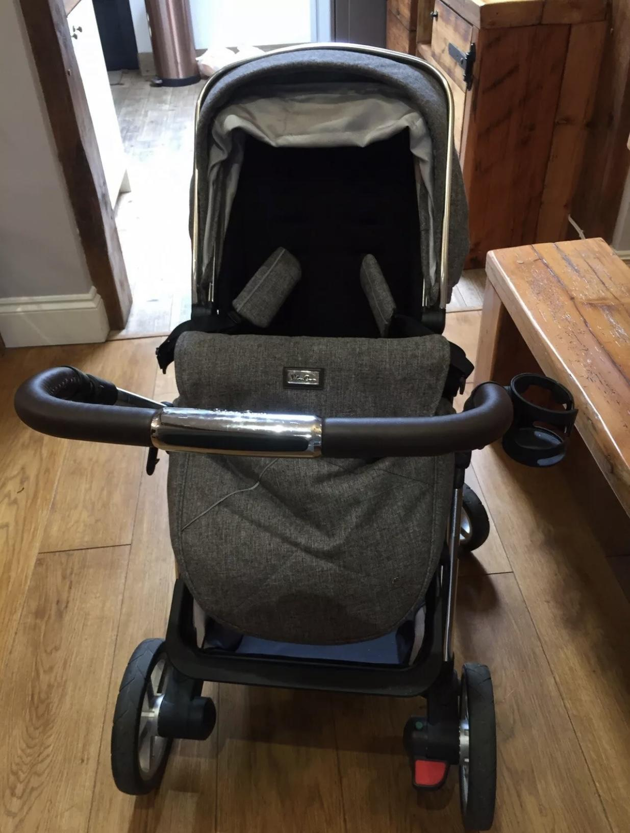 Silver Cross Brompton Pushchair Silver Cross Pioneer Brompton Pushchair Exclusive Set Grey