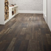 Professional Dark Brown Oak Laminate Flooring | Howdens ...