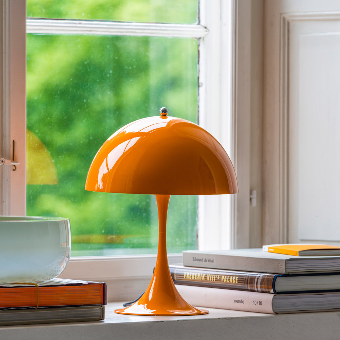 Design Küchenlampe Table Lamp, Panthella Mini, Orange, Led, Ø25cm, H33,5cm - Louis Poulsen - Nedgis Lighting