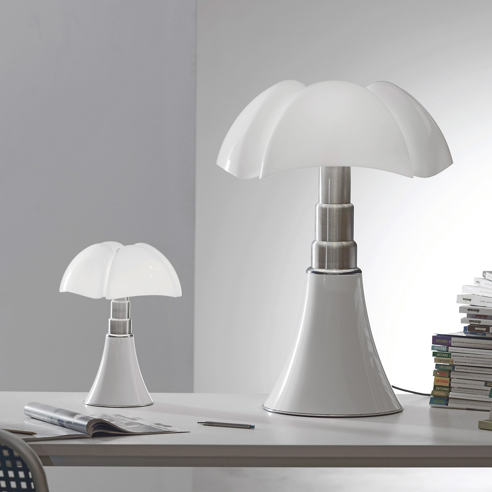 Lampe Pipistrella Table Lamp Pipistrello Led White H86cm Martinelli Luce