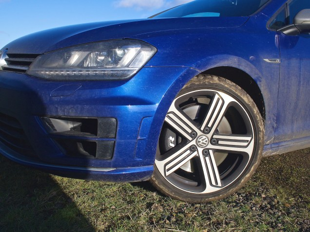 VW Golf R - Wheel detail