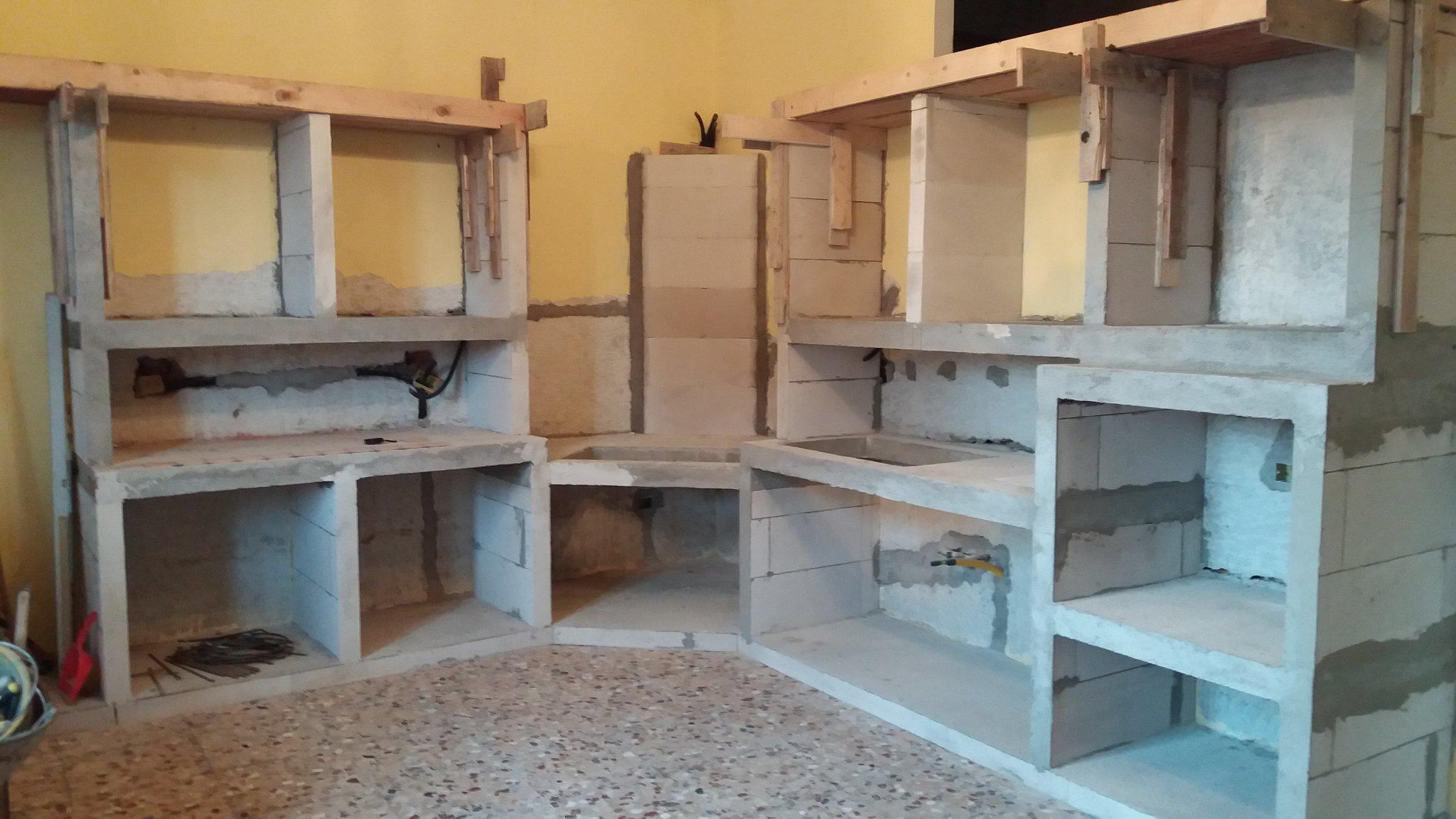 Pensili Cucina Rustica   Cucina In Muratura Fadini Mobili Cerea Verona