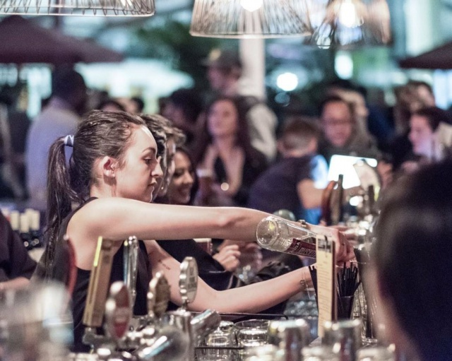 cv barman boite de nuit