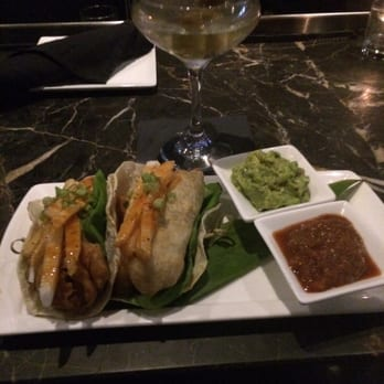 The Living Room Bar W Chicago City Center - 31 Photos \ 37 Reviews - the living room center