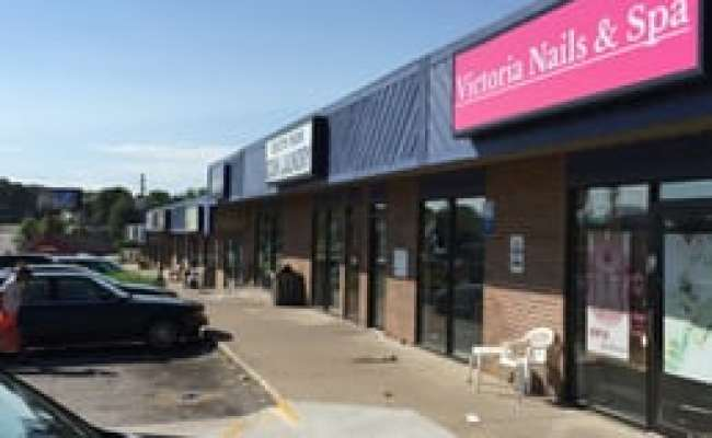 Victoria S Nails And Spa Nail Salons 3300 Indianola Ave Des Moines Ia Phone Number Yelp
