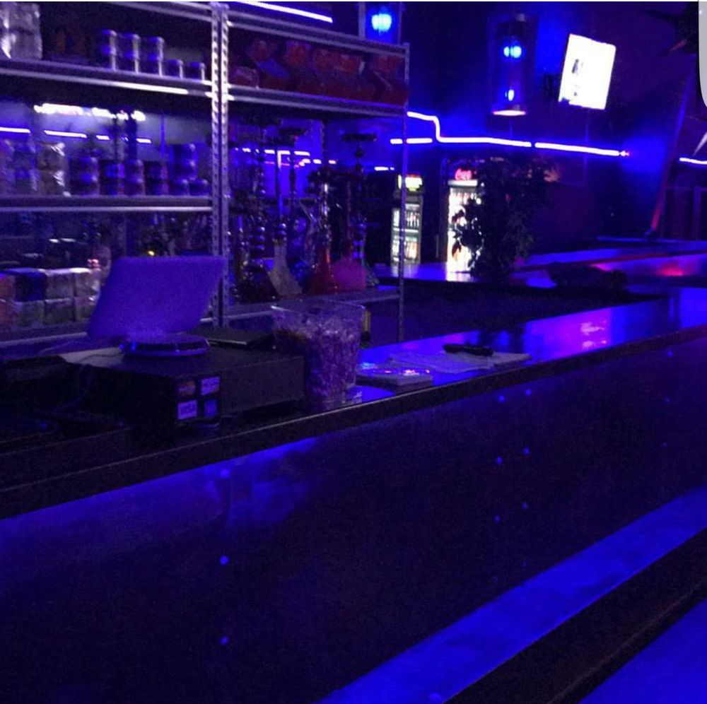 Blue Lounge Blue Night Hookah Lounge Closed 12 Reviews Hookah Bars 224