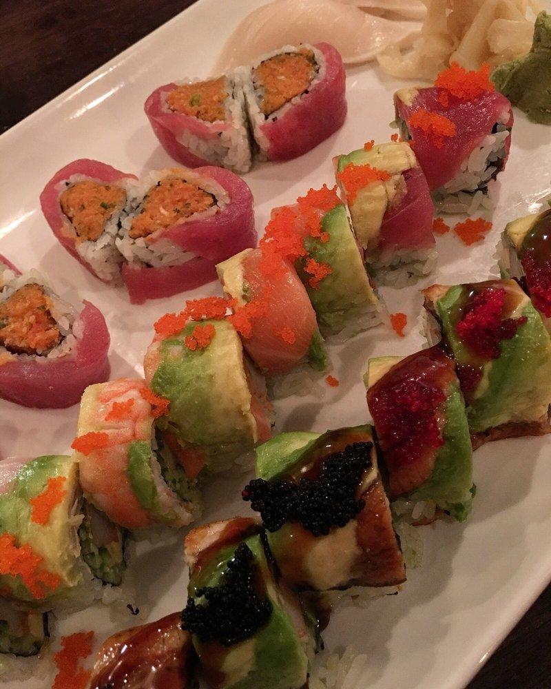 Canape Winston But Sweetheart Roll Rainbow Roll And Dragon Roll Yelp