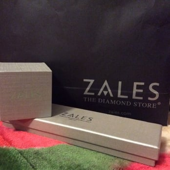 Zales Jewelers - 20 Reviews - Jewelry - 630 Old Country Rd, Garden