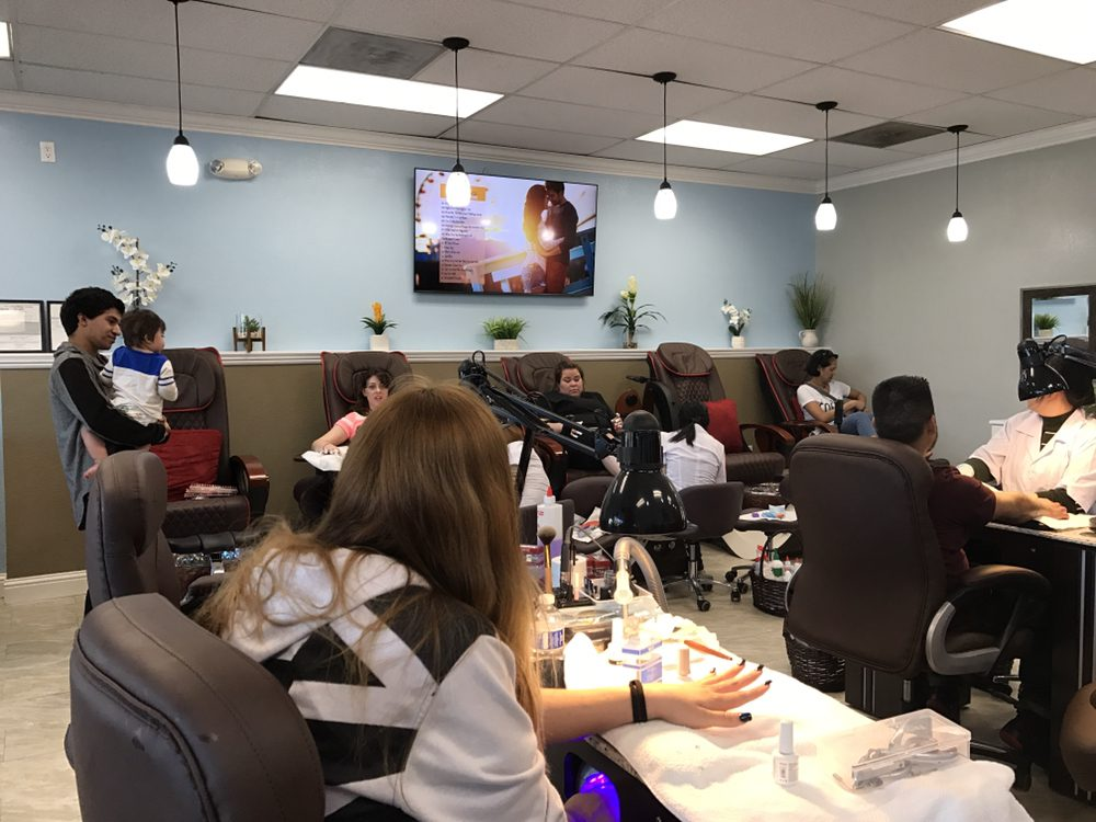 Photos for DL NAIL SPA - Yelp