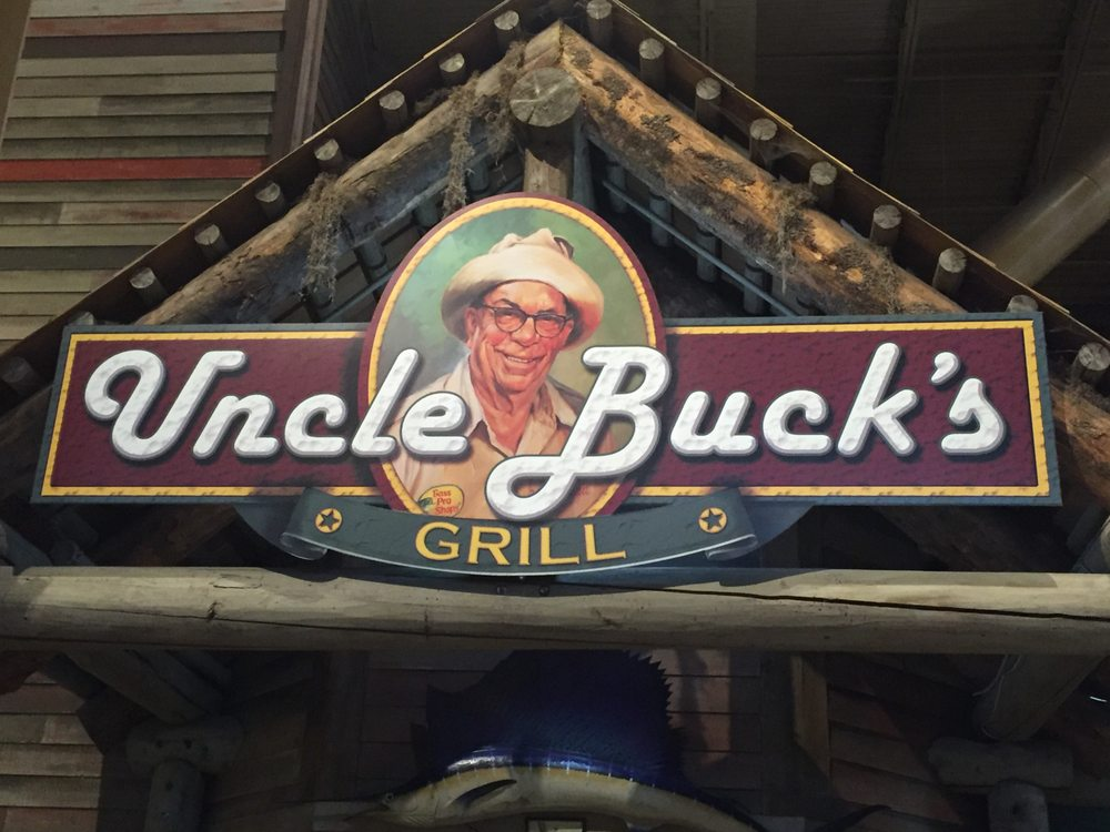 Go Trip Bno Uncle Buck 39;s Grill Located Inside Bass Pro Shop 39;s In Pearl
