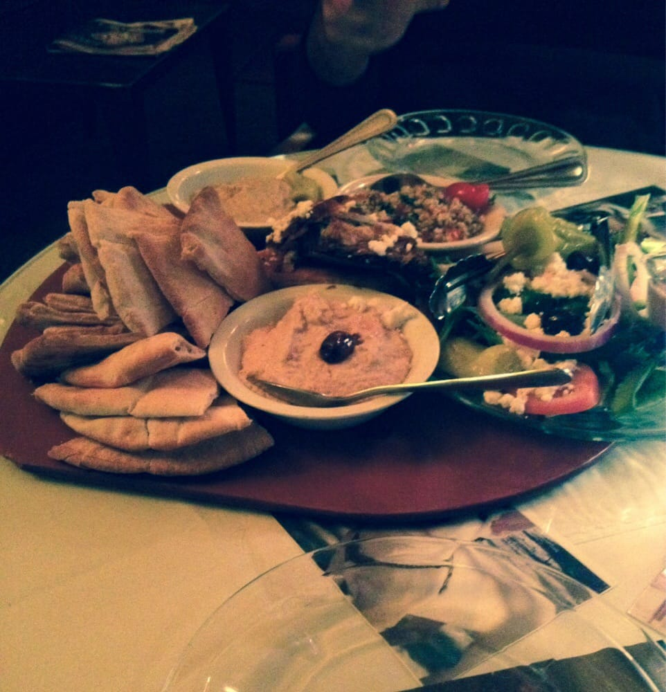 Mediterrane Küche An Bord The Mediterranean Board Great For Sharing And Leaves You With