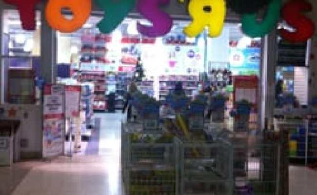 Toys R Us Toy Stores Toronto On Yelp
