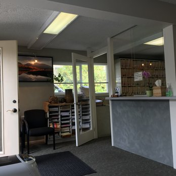 Hochberg Henry, MD - 15 Reviews - Family Practice - 22721 76th Ave W