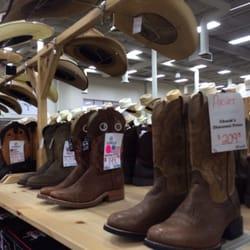 Chucks Boots Superstore Shoe Stores St Peters Saint