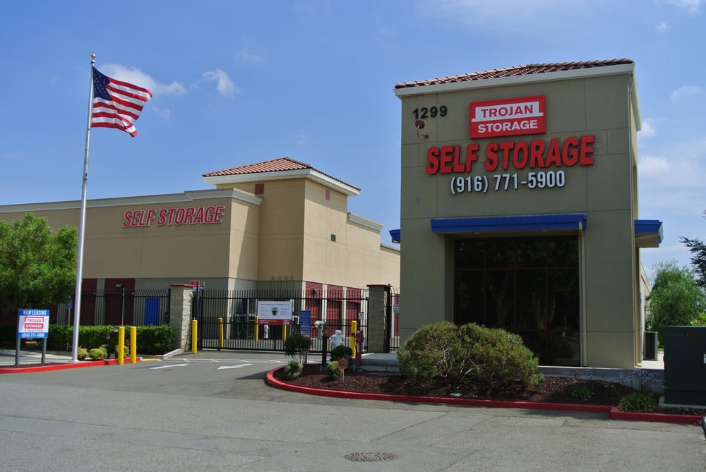 SaveEnlarge · Extra Space Storage In Roseville ...