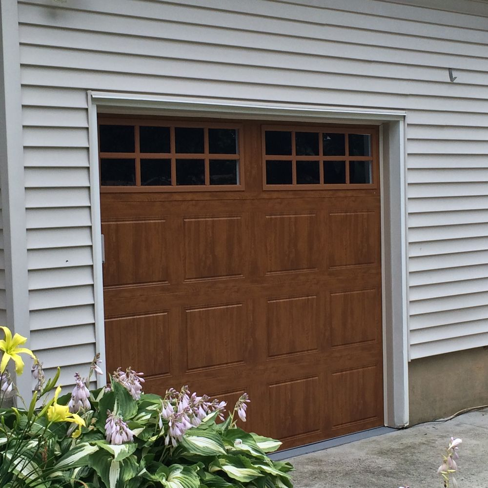 Maple Garage Doors Gd1sp Medium Oak Clopay Garage Door Installed By Hunter Door Yelp