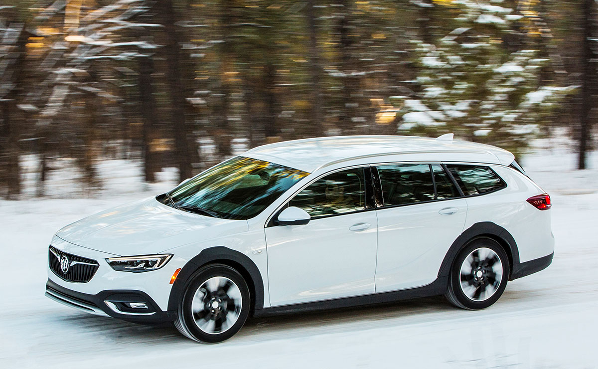 Glasregal Rot 2018 Buick Regal Tourx Driving Impressions