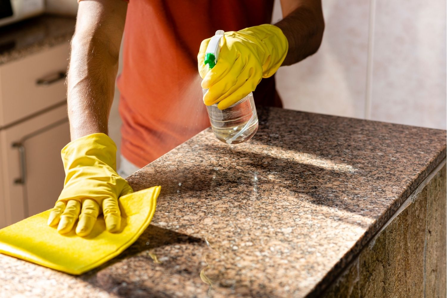 The Best Granite Cleaner Options In 2021 Bob Vila