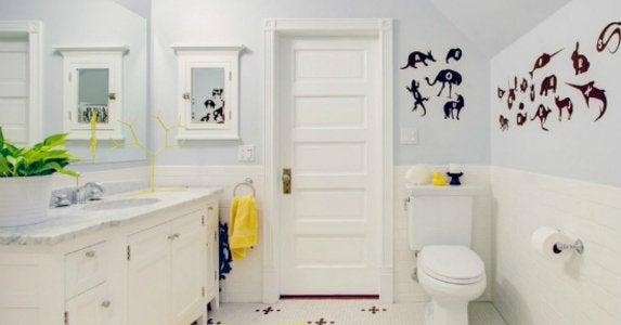 The Benefits Of A Jack And Jill Bathroom Bob Vila