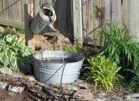 Vintage Watering Can - DIY Fountain Ideas - 10 Creative ...