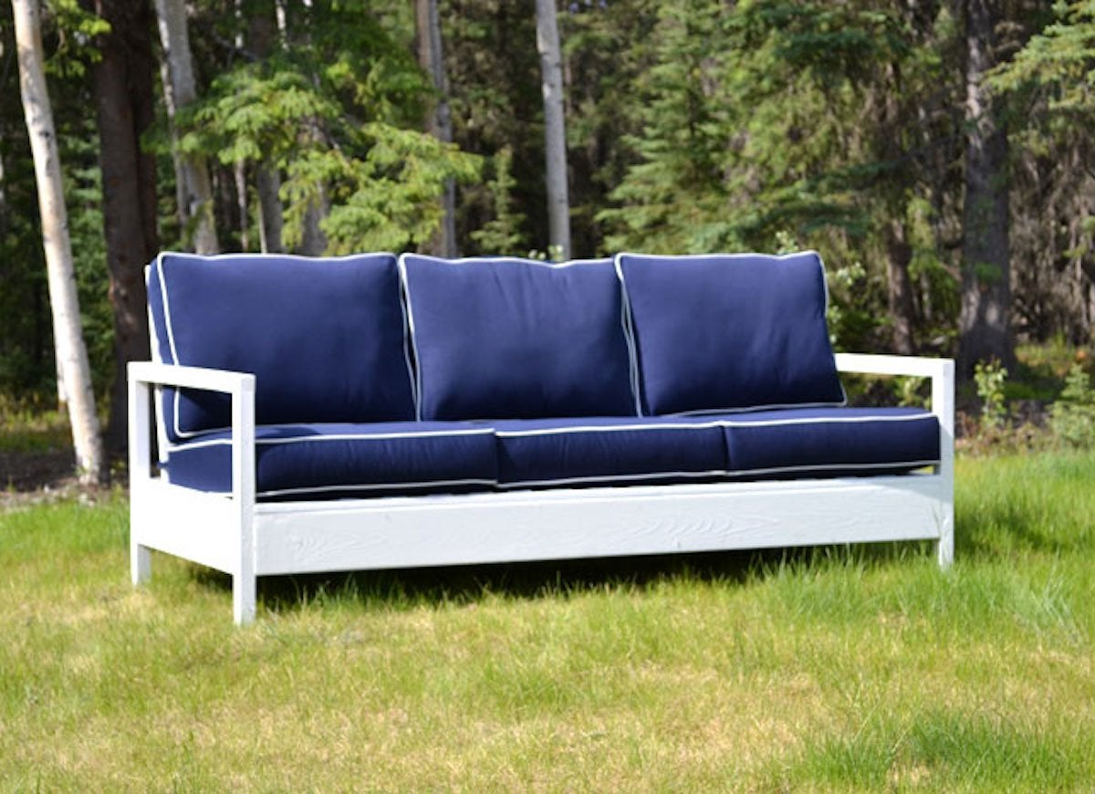Outdoor Couch Diy Outdoor Furniture 10 Easy Projects Bob Vila