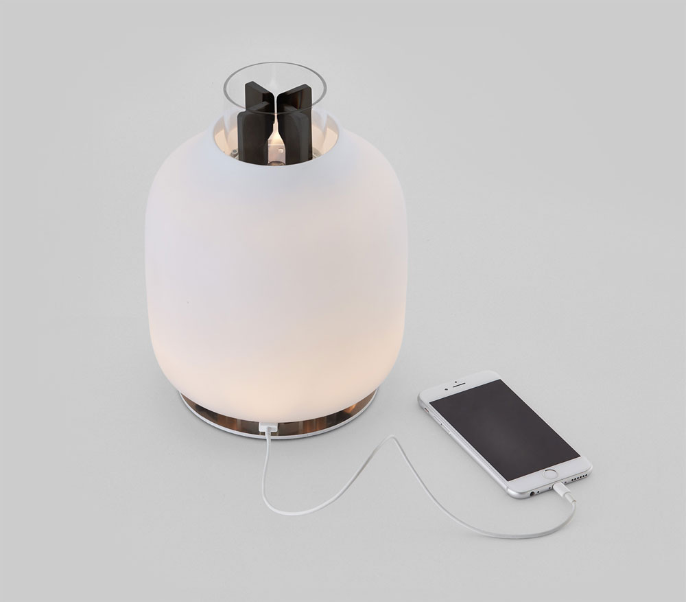 Bureaulamp Klem Interesting Iphone Opladen Met Het With Oplaadbare