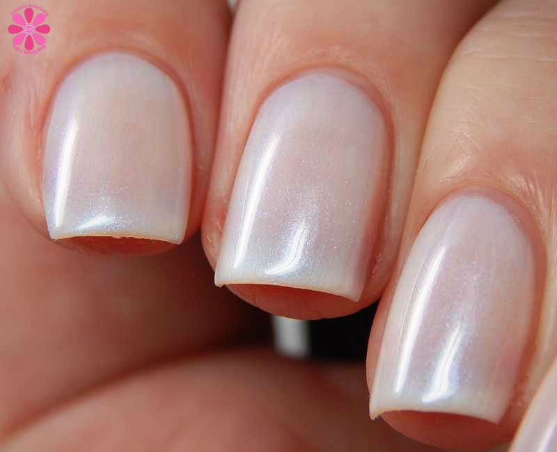 Essie Treat Love Color Swatches And Review For Nail Care
