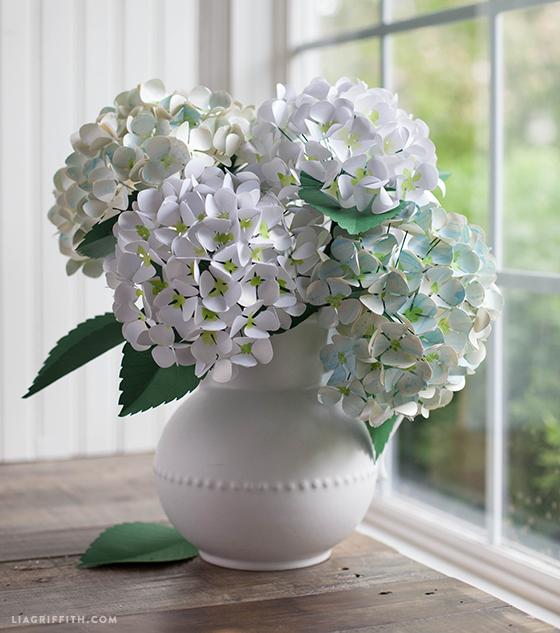 paper flower vase tutorial