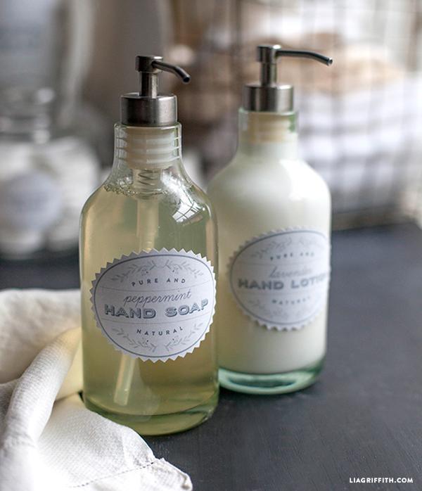 Vintage Bath Shower SALLE DE BAIN Fabric Image Transfer - French