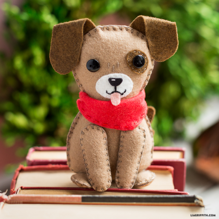 DIY Felt Dog - Lia Griffithfelt archives u2022 craft passion image