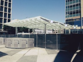 wilshire_western_canopy_2