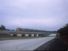 atsf-super-chief-arcadia-210-frwy-bridge-5-30-1971-467x3482