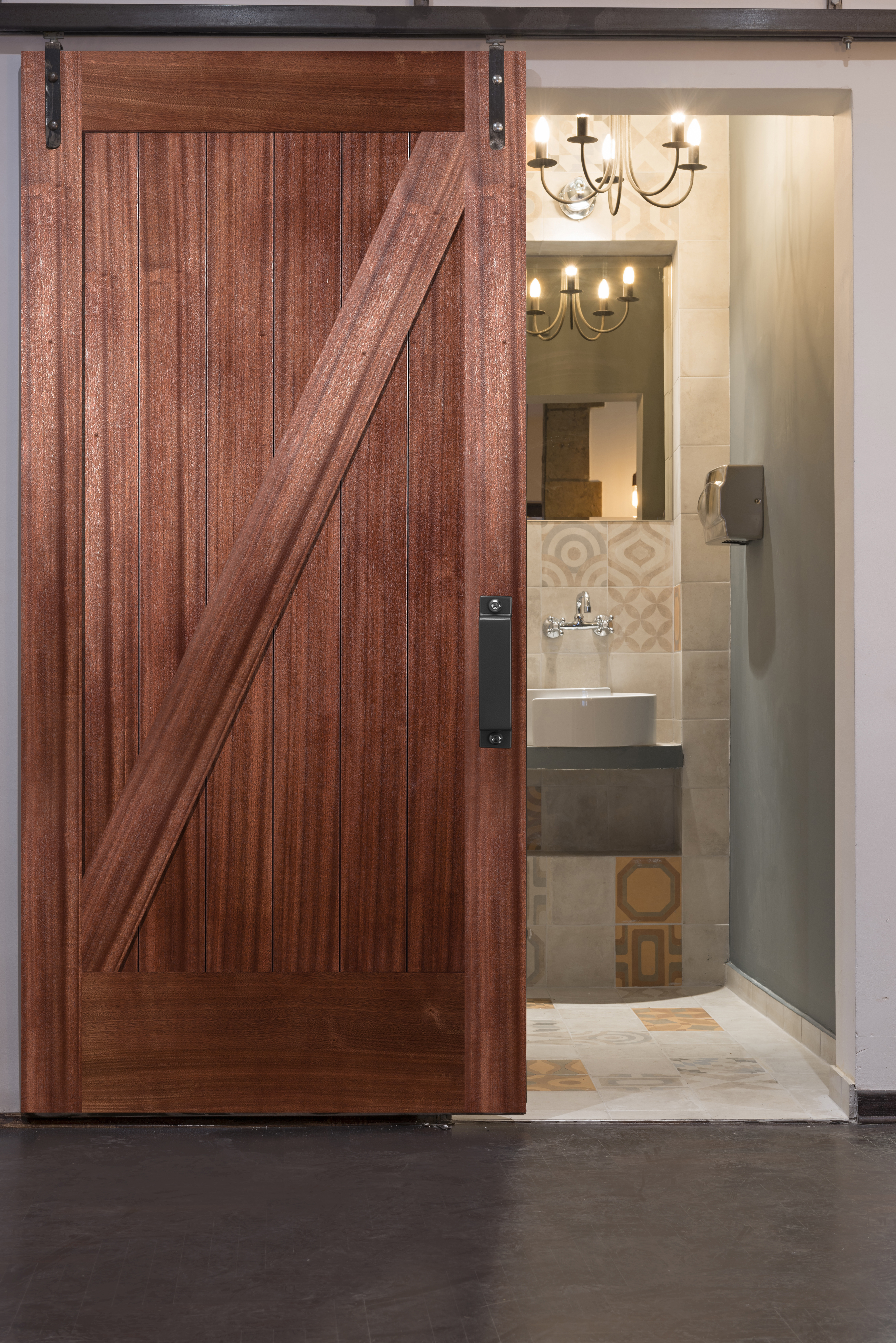 Simpson Doors Meeting Demand For Barn Doors Hardware For Residential Pros