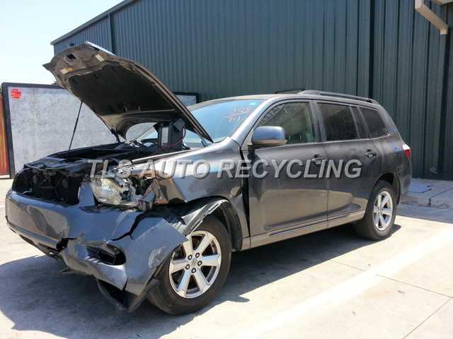 Parting Out 2008 Toyota Highlander - Stock - 3070YL - TLS Auto Recycling