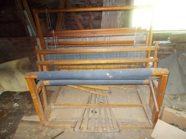 45 Nilus Leclerc Weaving Floor Loom 4 Harness 6 Treddles