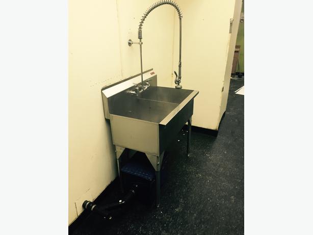 Stainless Sink And Grease Trap Saskatoon Saskatoon