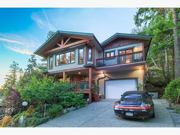 Stunning Post And Beam Nanaimo House For Sale Steps To