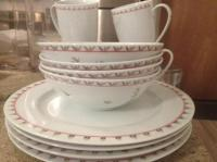 4 Place Settings of New Stokes Vine Pattern Tableware West ...
