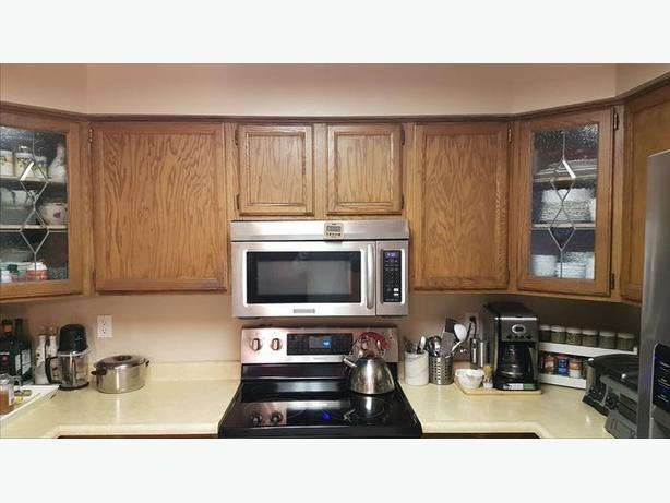 Complete Kitchen Cabinets Langley Solid Oak Complete Kitchen Cabinets For Sale Saanich, Victoria