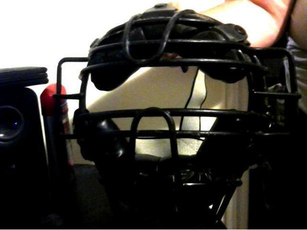 CATCHERS MASK FOR MY OH SO AWESOME CATCHER $15 Duncan, Cowichan