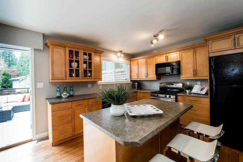 Kitchen Cabinets For Sale By Owner North Vancouver