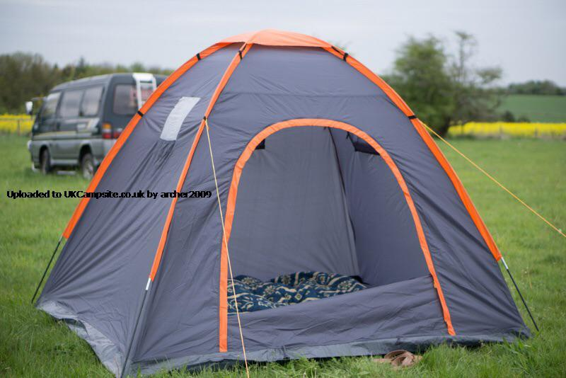 4man dome tent Brierley Hill, Dudley