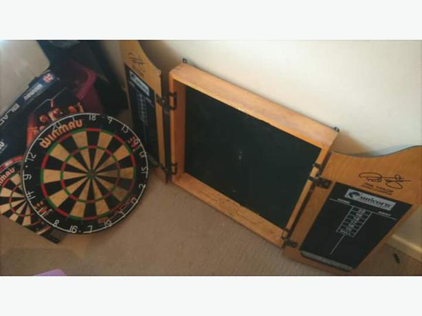 Dart Board With Wooden Case Tipton Dudley