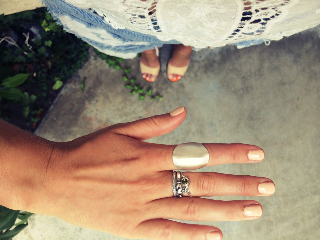 Holly_close_jewelry