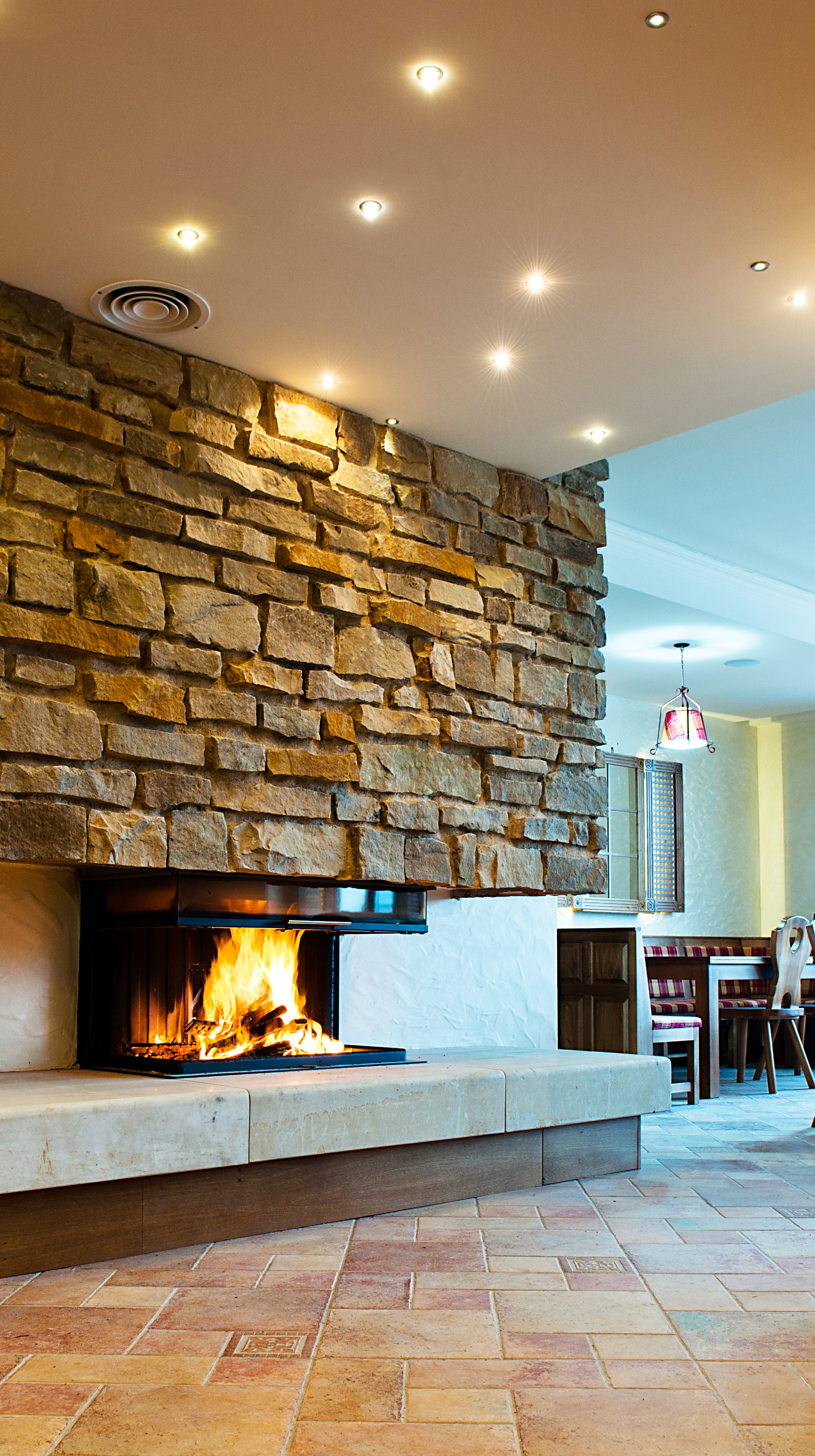 Fireplaces With Stone Surrounding 53 Fireplaces To Warm Your Inspiration Photo Gallery