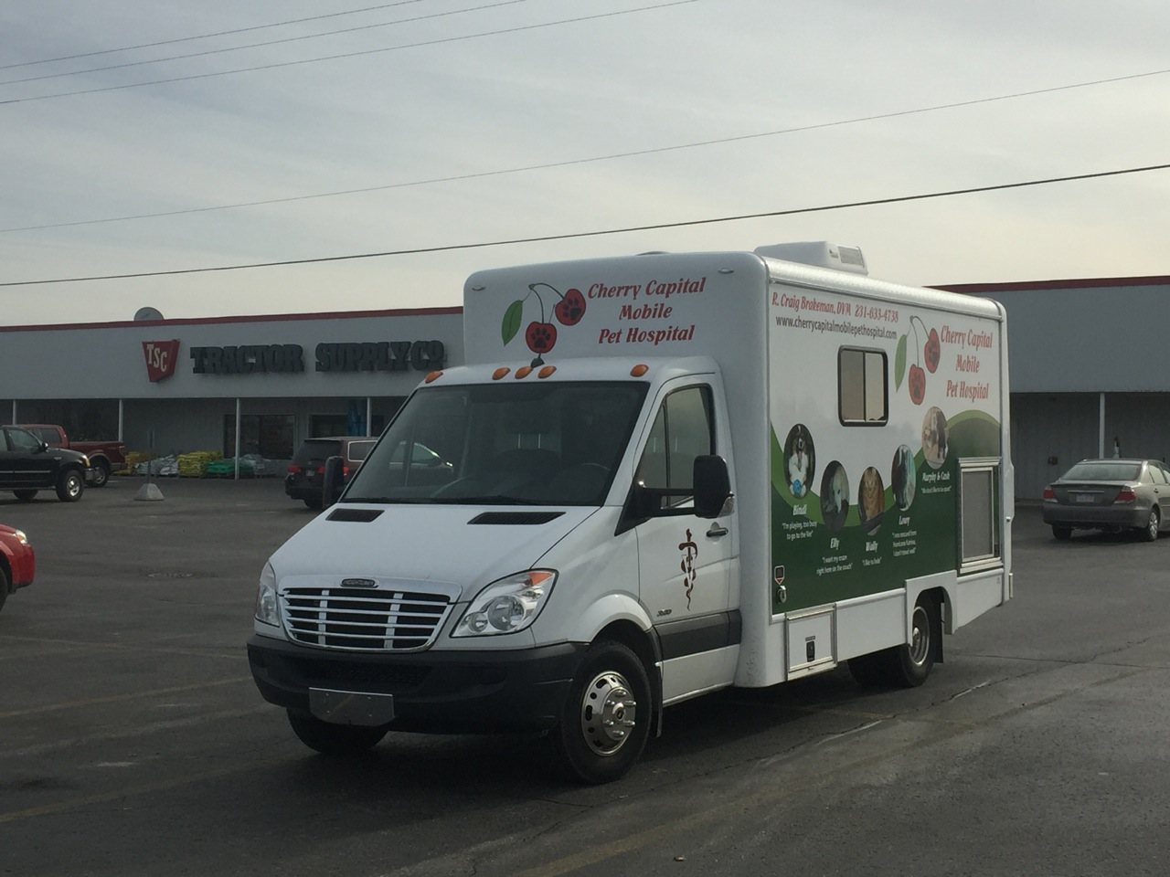 Mobile Vet Near Me Cherry Capital Mobile Pet Hospital Veterinarian