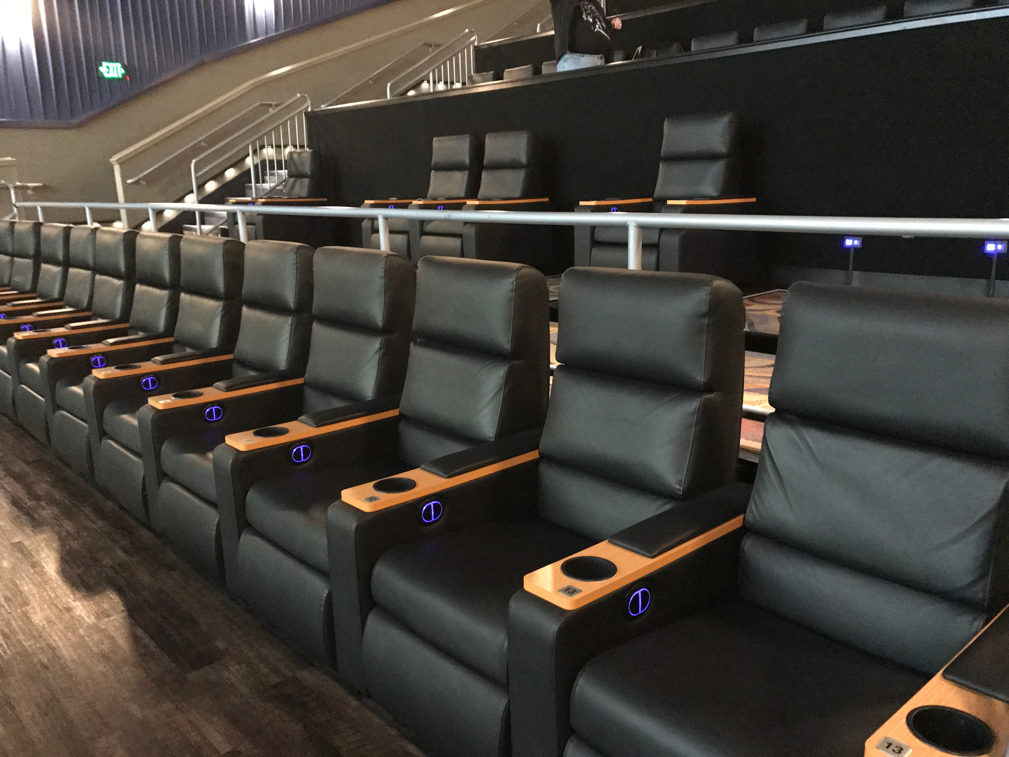 Regal Hamburg Reserve Your Recliner As Two Regal Theaters Add Plush Seating