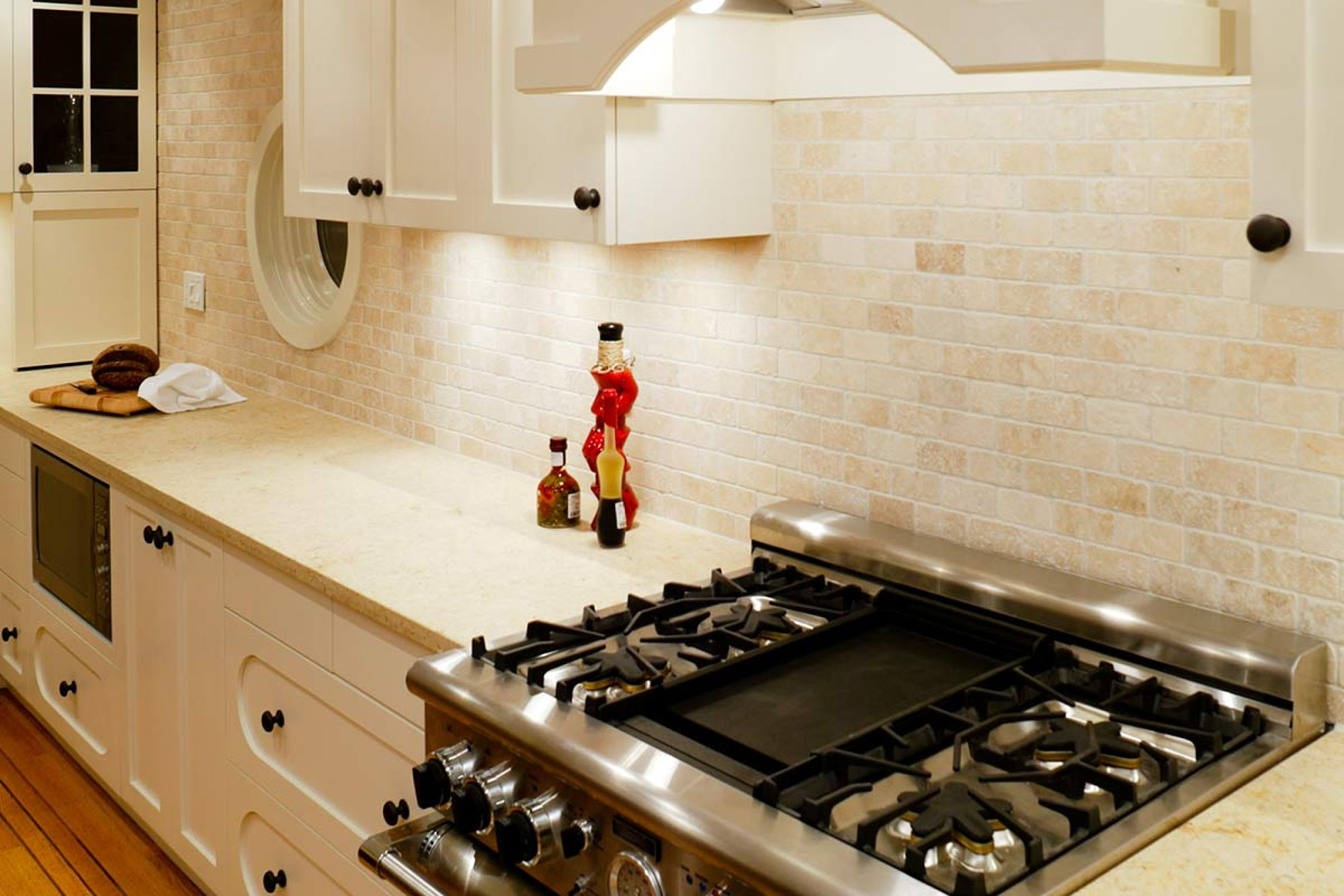 Pros And Cons Of Marble Countertops Engineered Stone Countertops Pros And Cons