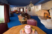 The Madonna Inn: A Mythical Muse of Photography - Smashbox ...